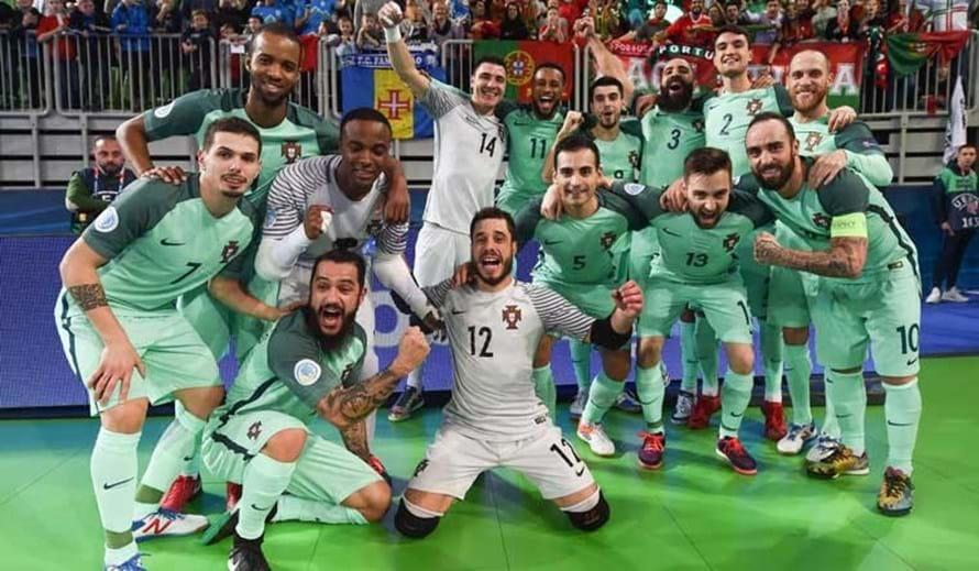 Portugal vence Rússia e está na final do Europeu - Europeu de futsal ... 38292cd081685