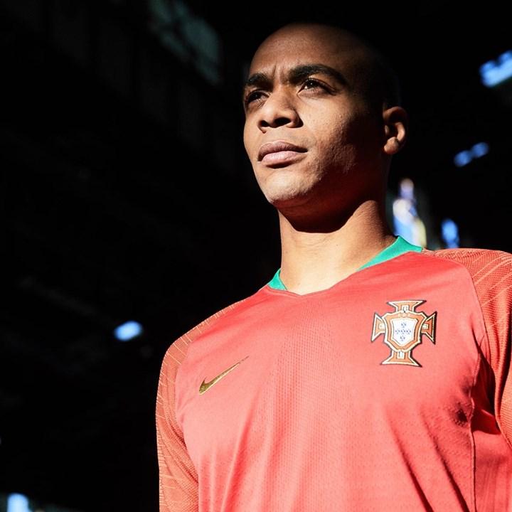 1   28 Aí estão as camisolas que Portugal vai usar no Mundial 2018 5cb9252a2fc29