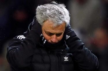 «United de Mourinho joga um futebol de m...»