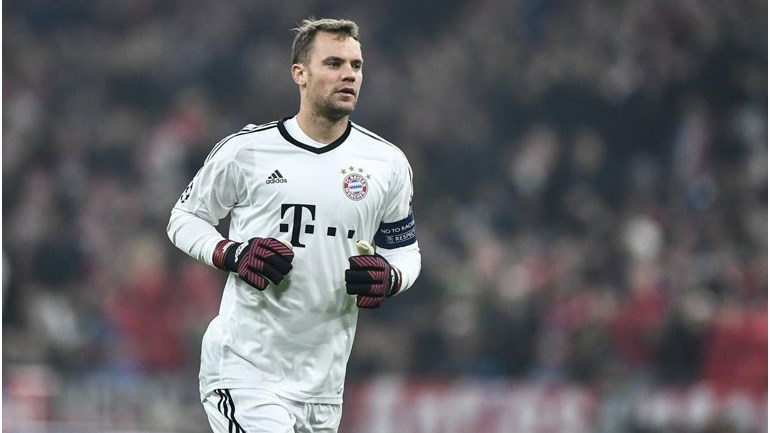 Neuer voltou aos treinos e poderá recuperar a tempo de ir à Rússia