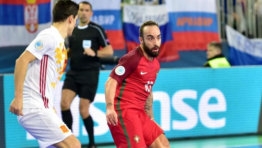 Capitão da seleção espanhola não poupa elogios a Ricardinho - Futsal ... e8336a3f7b42b