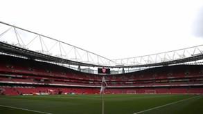 Arsenal-CSKA Moscovo: Ingleses tentam meter a quinta