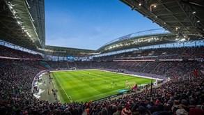 RB Leipzig-Marselha: Bruma recebe visita de Rolando
