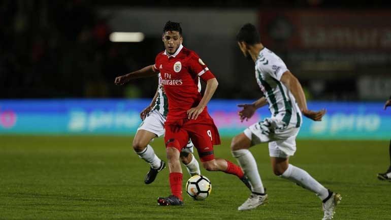 Benfica vence em Setúbal (2-1) com golo nos descontos