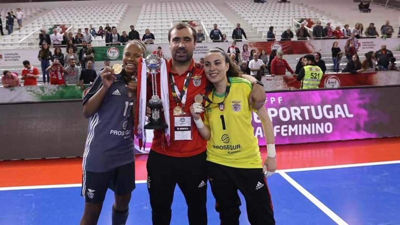 09b6ed71a3 Benfica vence Taça de Portugal de futsal feminino - Futsal - Jornal ...