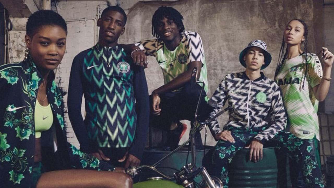 5fb626022d 1   4 Loucura em torno da camisola da Nigéria espanta a própria Nike .