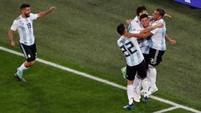 cd7fa51480 Argentina sofre mas vence Nigéria e segue para os  oitavos