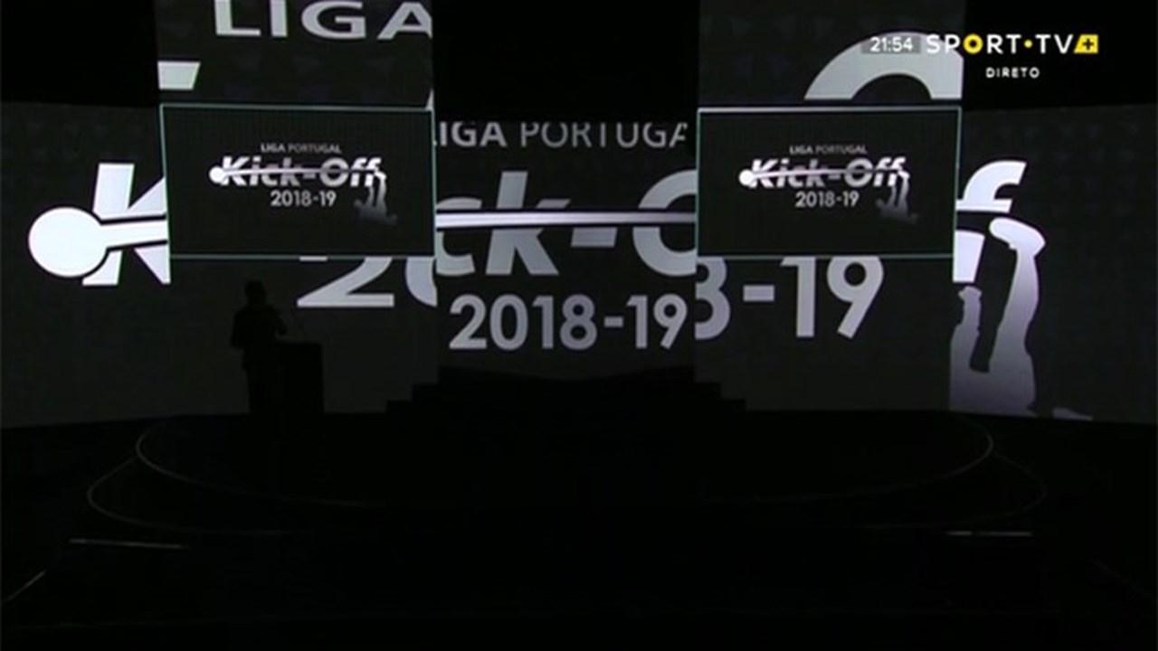 1   4 Repetição do sorteio da Liga mantém dérbi à 3.ª jornada e dita FC  Porto-Sporting na última . ec6fc1324e513