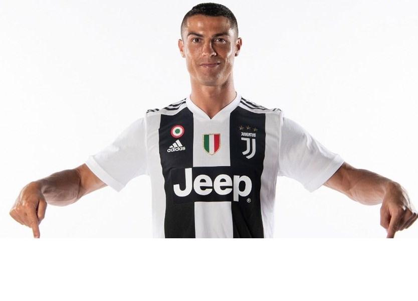 Cristiano Ronaldo dá resposta aos críticos e até brinca com a idade -  Vídeos - Jornal Record 2aab0109c3842