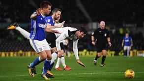 Derby County-Ipswich Town: Regresso às vitórias na mira
