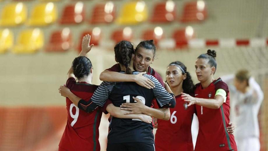 e967cf81eb Seleção feminina goleia República Checa por 12-0 - Futsal - Jornal ...