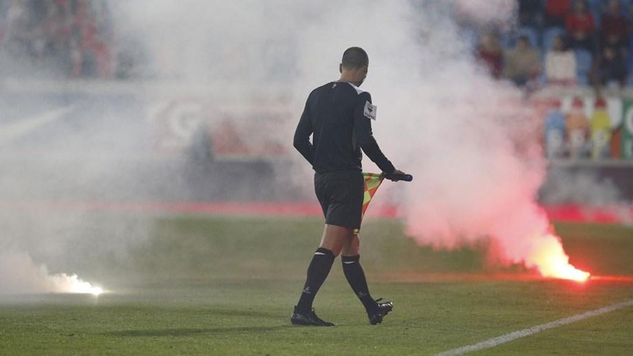 6a70b09737 Benfica fala em castigo ilegal e atira responsabilidade para o Estoril