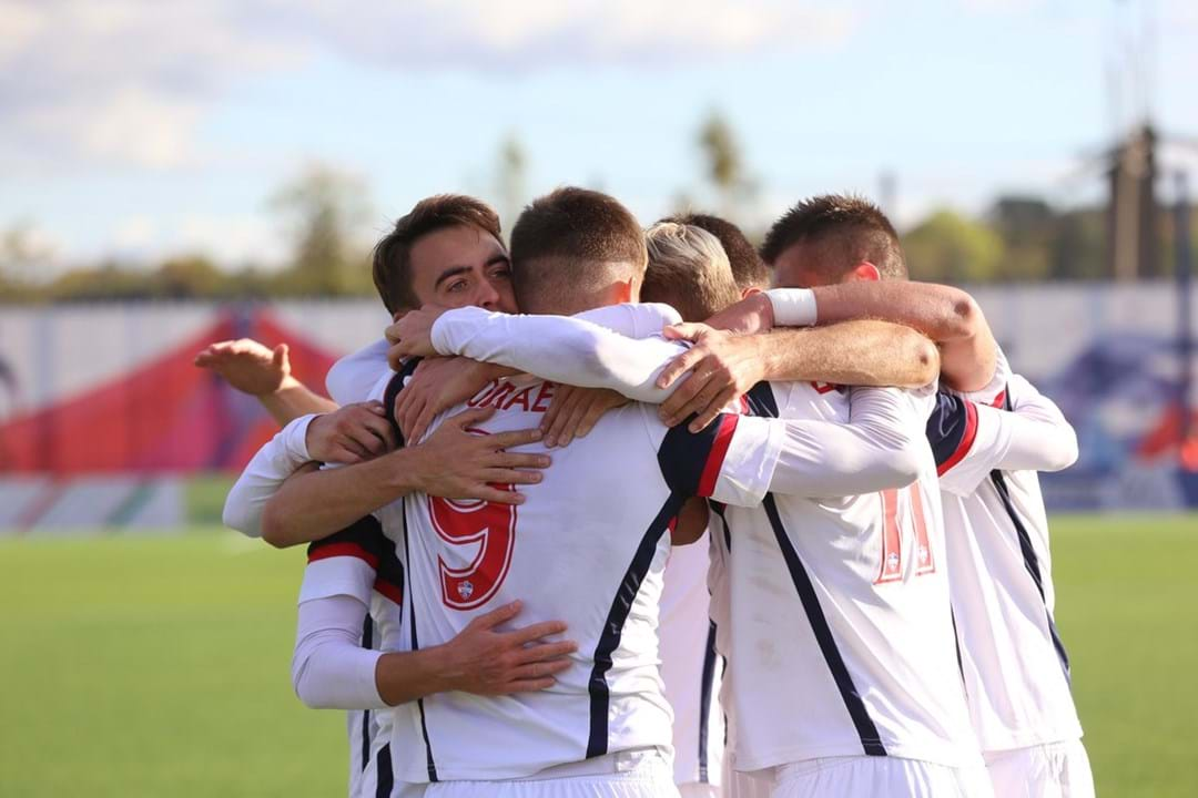 49. FK Minsk (Bielorrússia): 28 jogadores
