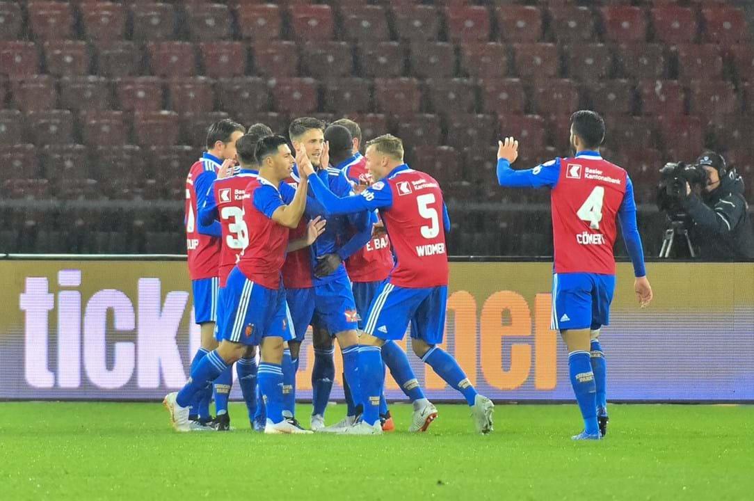 38. Basileia (Suíça): 31 jogadores)