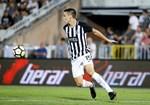 2. Partizan (Sérvia): 69 jogadores