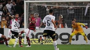 Corinthians-Flamengo: Encontro de históricos