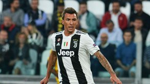 Mandzukic fora do confronto com Man. United