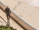 CM surpreendeu José Sócrates na sua habitual caminhada matinal junto ao mar