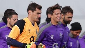 Óliver brinca com Casillas: «Temos de aproveitá-lo porque já não lhe resta muito tempo»