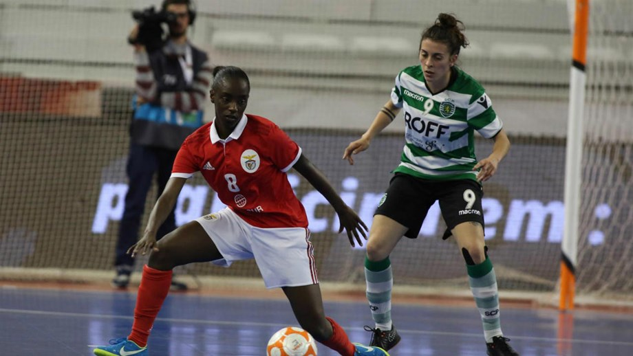 Futsal feminino  Benfica vence dérbi frente ao Sporting - Futsal ... 559383b1ac3ab