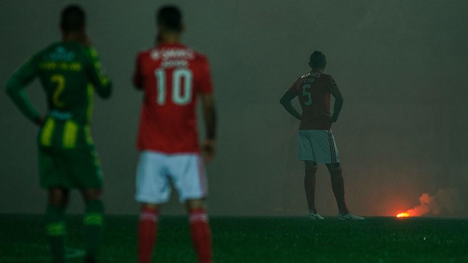 Estadio Da Luz Em Risco De Interdicao Benfica Jornal Record