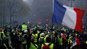 Já são quatro os jogos da liga francesa adiados devido ao movimento  coletes  amarelos  d2ad72d0dcbb4