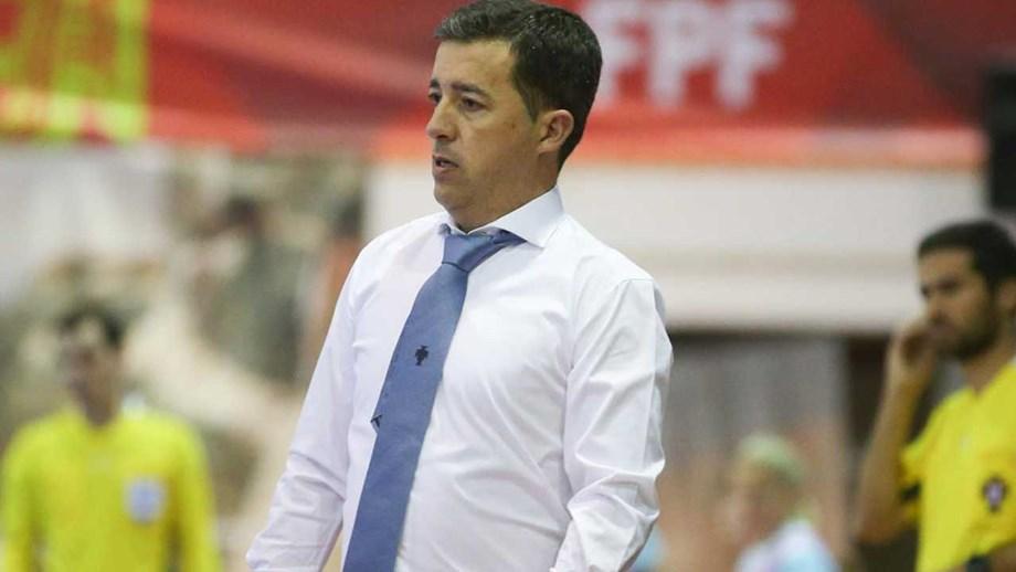Selecionador de futsal feminino admite favoritismo de Portugal para ... 278f27be7bea4