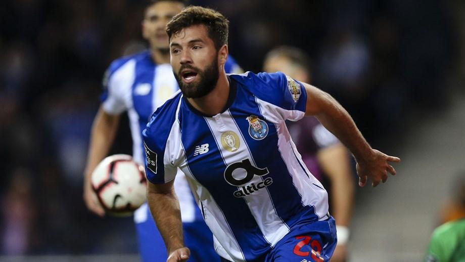 Felipe está em alerta amarelo - FC Porto - Jornal Record 2f1138efc9a67