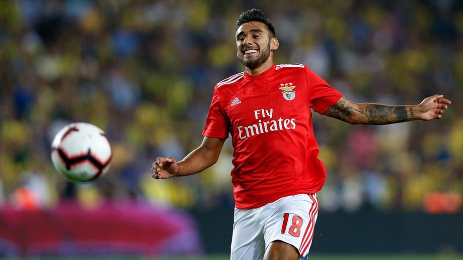Salvio tem acordo para renovar - Benfica - Jornal Record a434e2bfa0de7