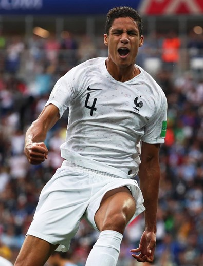 Varane (Real Madrid/25 anos)