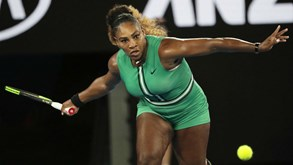 Serena Williams qualifica-se para os oitavos de final do Open da Austrália