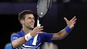Djokovic junta-se a Nadal na final do Open da Austrália