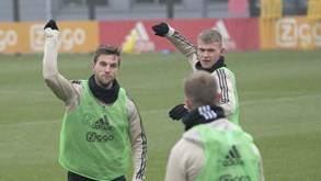 Feyenoord-Ajax: Um duelo que arrasta multidões