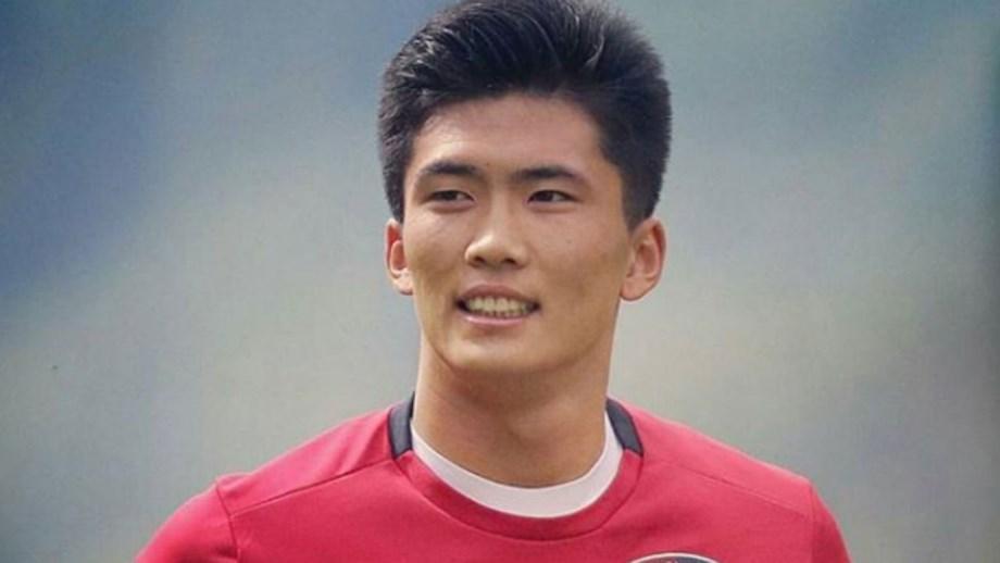 Han Kwang-song vai liderar a seleção esta terça-feira frente à Arábia  Saudita da Taça da Ásia 07aaac2a3c181