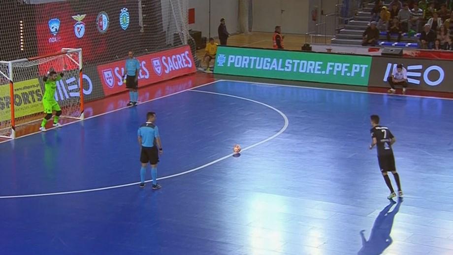 9f5e76e48c Sporting perde com o Eléctrico e está fora da Taça da Liga - Futsal ...