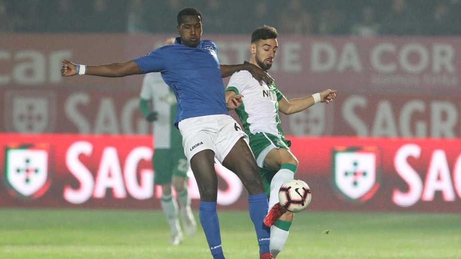 Feirense Sporting: Feirense-Sporting, 0-2: Leão Vence E Vai Discutir Presença