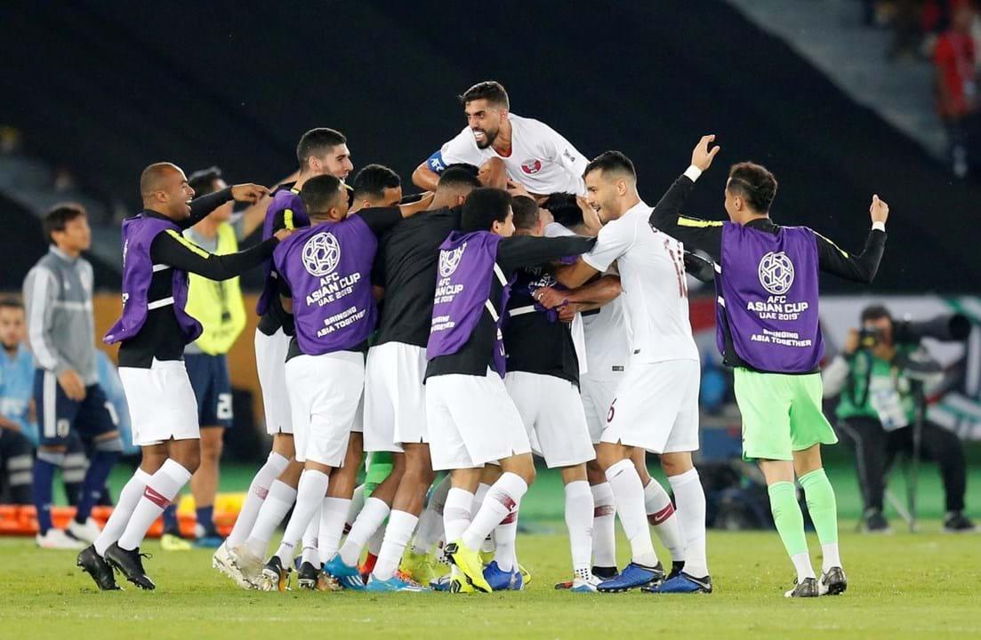 1   4 Taça da Ásia  Britânico detido no Dubai por usar camisola da seleção  do Qatar . 24381581f6d46