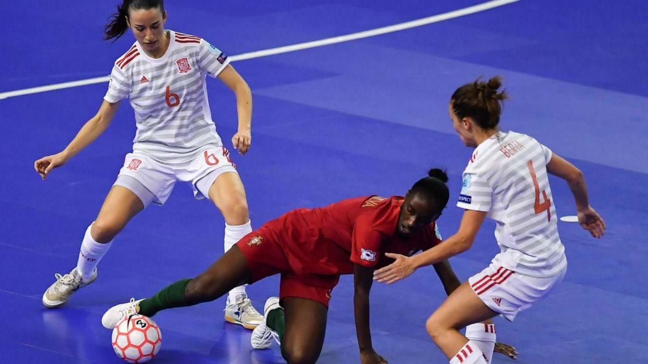 e139c543ca Espanha bate Portugal e conquista Europeu feminino - Futsal - Jornal ...