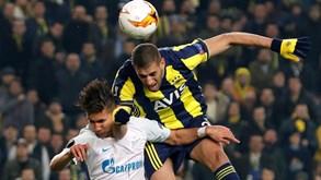 Zenit-Fenerbahçe: Golo de Slimani confere vantagem aos turcos