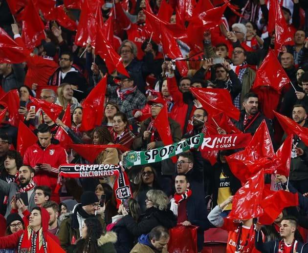 Chalana Benfica: E Ao Minuto 10, O Estádio Da Luz 'parou' Para Homenagear