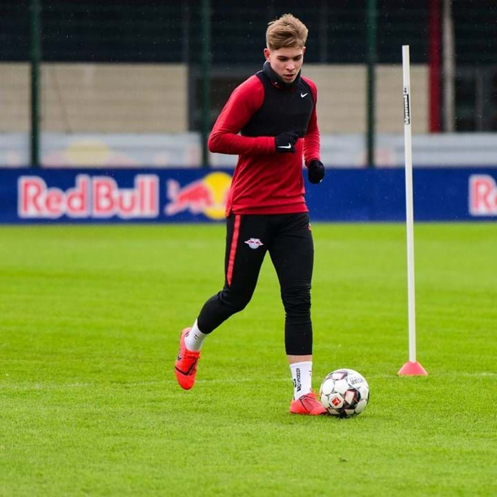 32º. Emile Smith Rowe, 18 anos, Médio (RB Leipzig, emprestado pelo Arsenal)