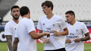 «Divulgação dos contratos de Ferreyra e Castillo pode ter aumentado a pressão»