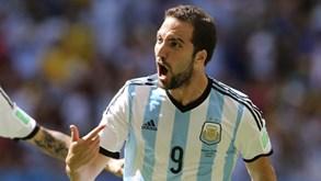 Higuaín diz adeus à seleção da Argentina: «O meu ciclo terminou para alegria de muitos»