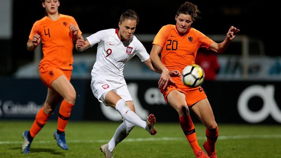 fe8d6bfd5fa9a Algarve Cup  Noruega e Polónia conseguem bilhete para a final ...