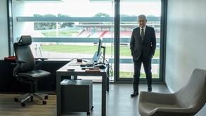 Vieira mostrou gabinete: «Cuidado com o Catão...»