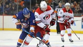 Carolina Hurricanes-NY Islanders: O espetáculo da NHL