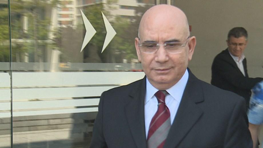 Duarte Lima entregou-se no estabelecimento prisional de Caxias