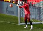Cillessen pode deixar o Barcelona para ingressar no Benfica. As águias estão muito interessadas na sua contratação