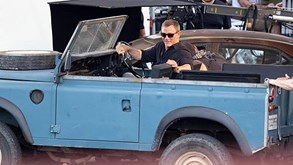 James Bond vai guiar Land Rover Series III no próximo filme da saga