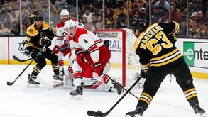 Carolina Hurricanes-Boston Bruins: Terceiro jogo que pode ser decisivo